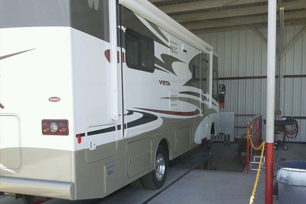 RV Alignment Mesa AZ | Straight Line Suspension